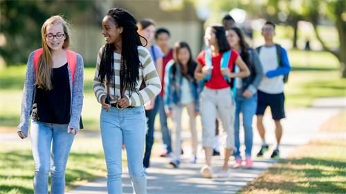 为什么美国高中课程在大学申请中更占优势?