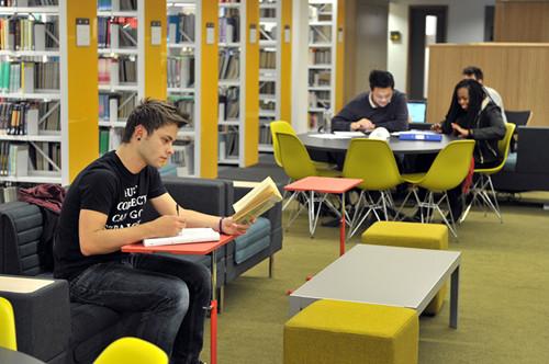 到英国留学需要什么考试?