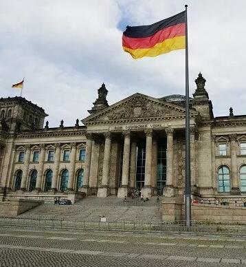 喜极而泣!德国也承认中国的高考成绩啦!