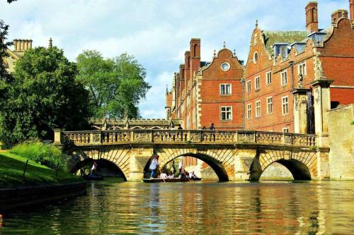 英国经济专业TOP10大学对Alevel成绩要求盘点