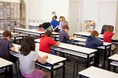 国内Alevel课程和英国Alevel中学到底该怎么选?